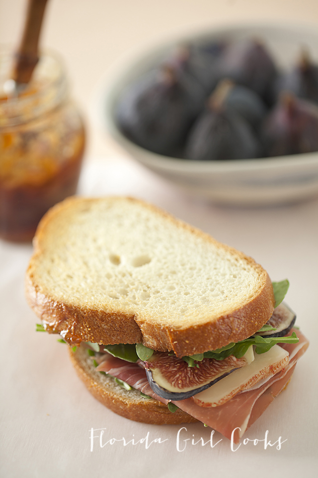 prosciutto fig and manchego sandwiches, sandwiches, late summer, lunch, healthy lunch, figs, manchego, prosciutto, the other lunch meat