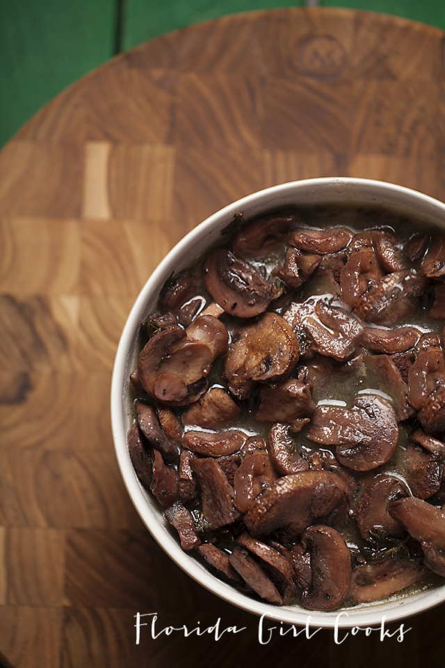 mushroom wine sauce, mushrooms, steak sauce, dinner, entertaining