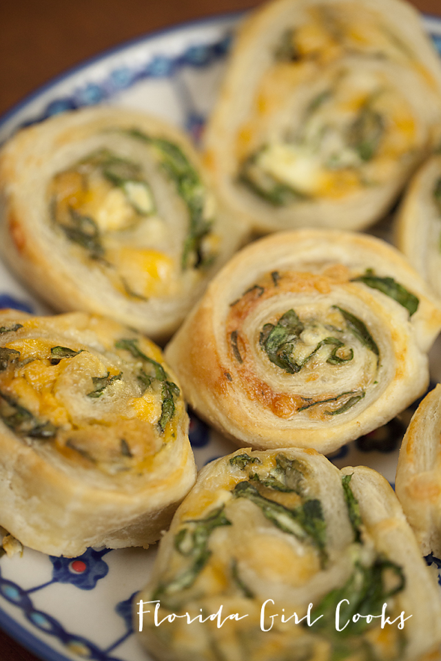 spinach-cheese pinwheels, spinach, iron rich food, kid approved, appetizer, breakfast, dinner